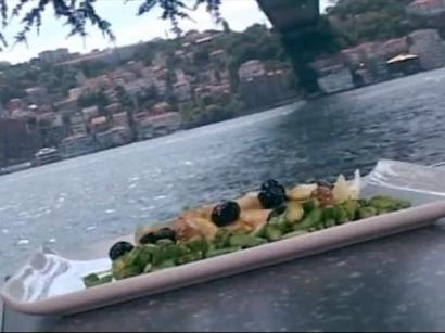 Zeytinli Ve Limonlu Tavuk Göğsü