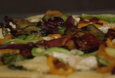 Pesto Sos Tabanlı Pizza